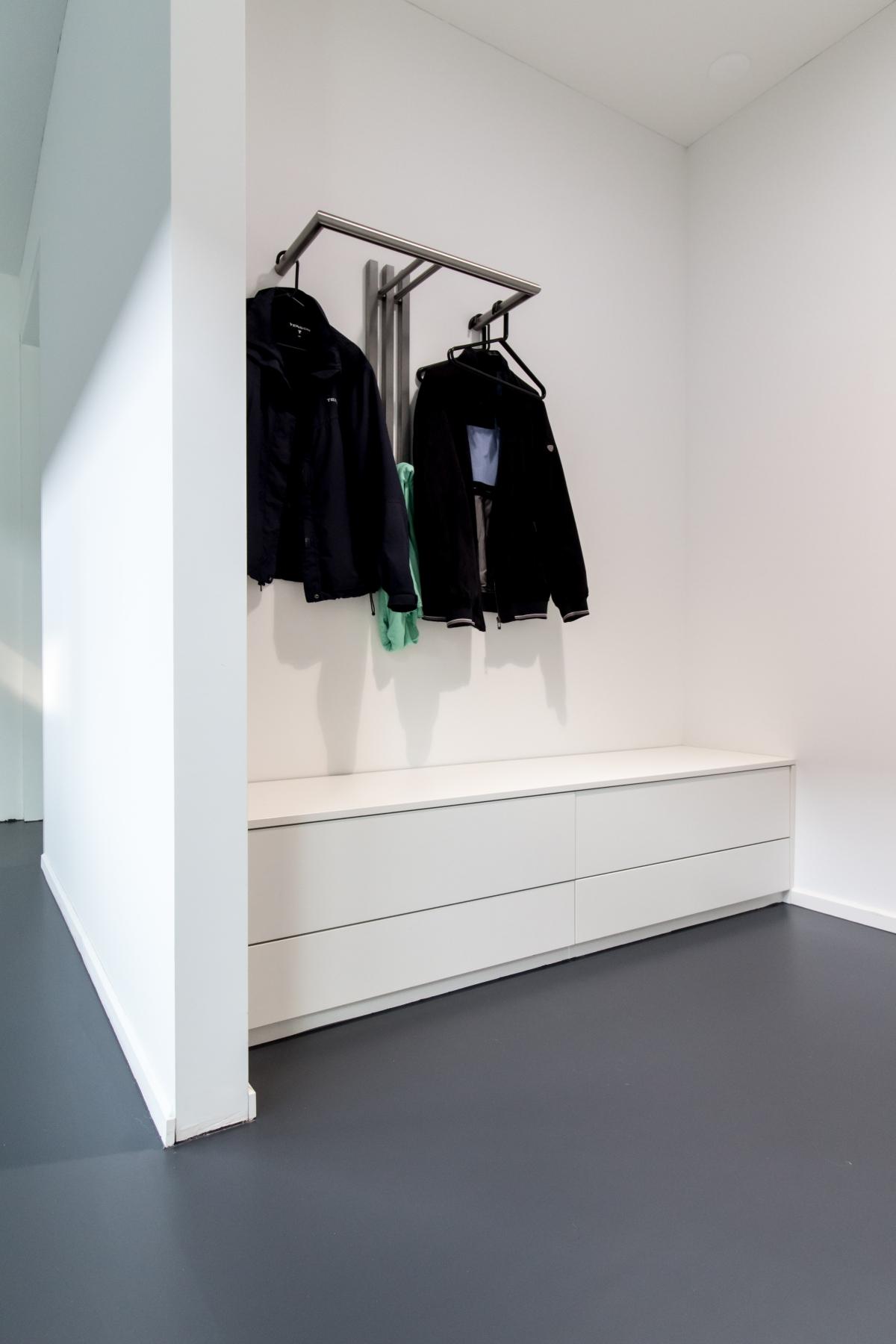 Garderobe Met Schoenenkast.Hal En Garderobe Kasten Inspiratie Met Veel Voorbeelden En Foto S